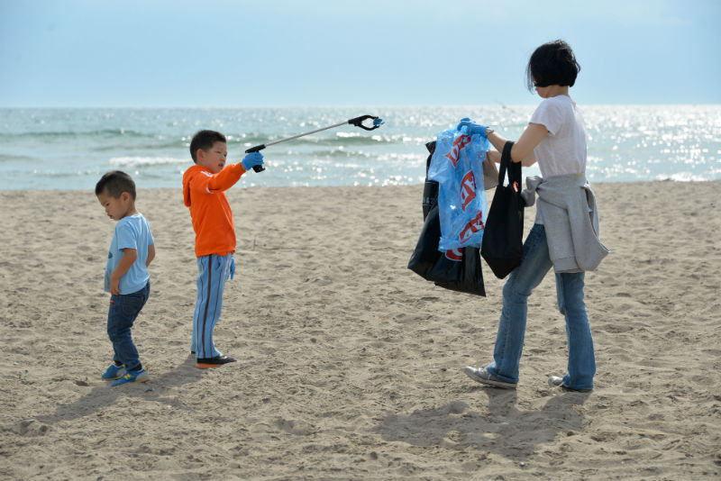Photo Credit: Stephanie Lake / Canadian Press / Great Canadian Shoreline Cleanup